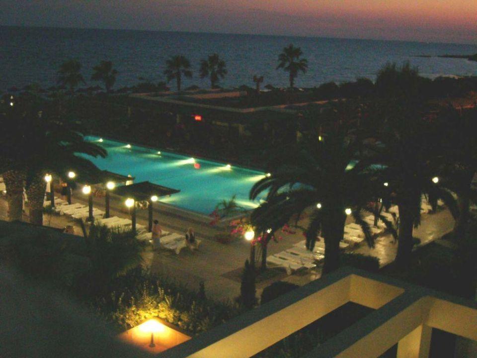Am Pool Dome Beach Hotel & Resort