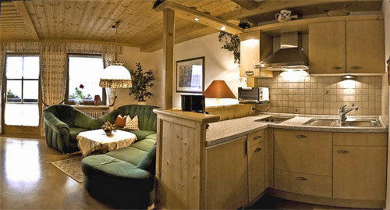 FEWO Forggensee/ Wohnzimmer, Küche\