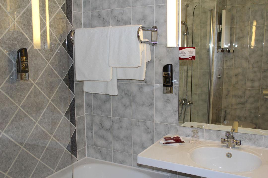 Badezimmer Hotel Arvena Park