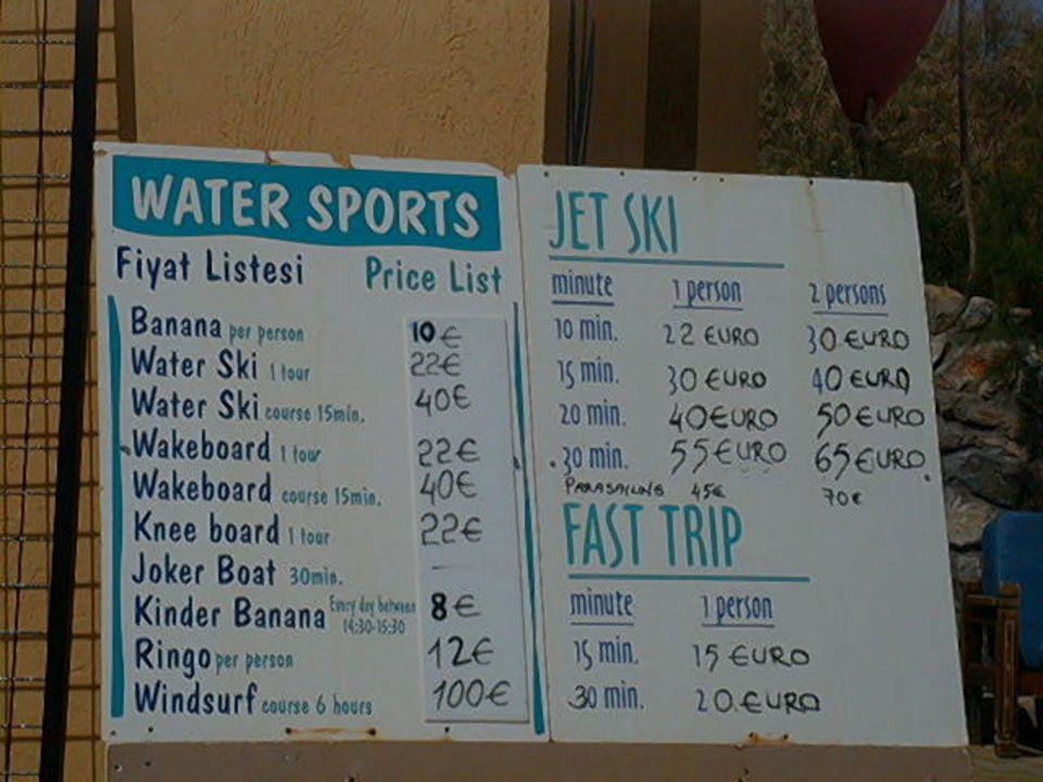 Preisliste für Wassersport-Aktivitäten Club Blue Dreams