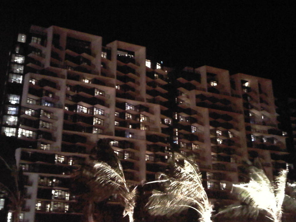 Hotel bei Nacht W South Beach