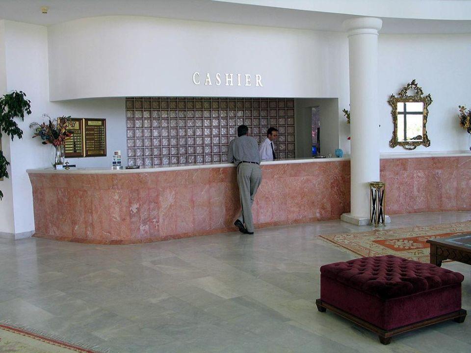 Rezeptionsbereich Kiriş World Hotel by Voyage  (geschlossen)