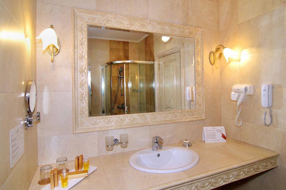 badezimmer hotel spa diamant residence sonnenstrand. Black Bedroom Furniture Sets. Home Design Ideas