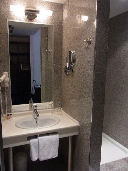 "Modernes Baddesign"" Hotel Ivbergs Premium in Berlin-Charlottenburg ... | {Modernes baddesign 51}"