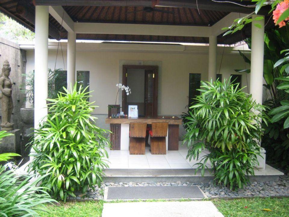 Rezeption Kamuela Villas & Suites Sanur