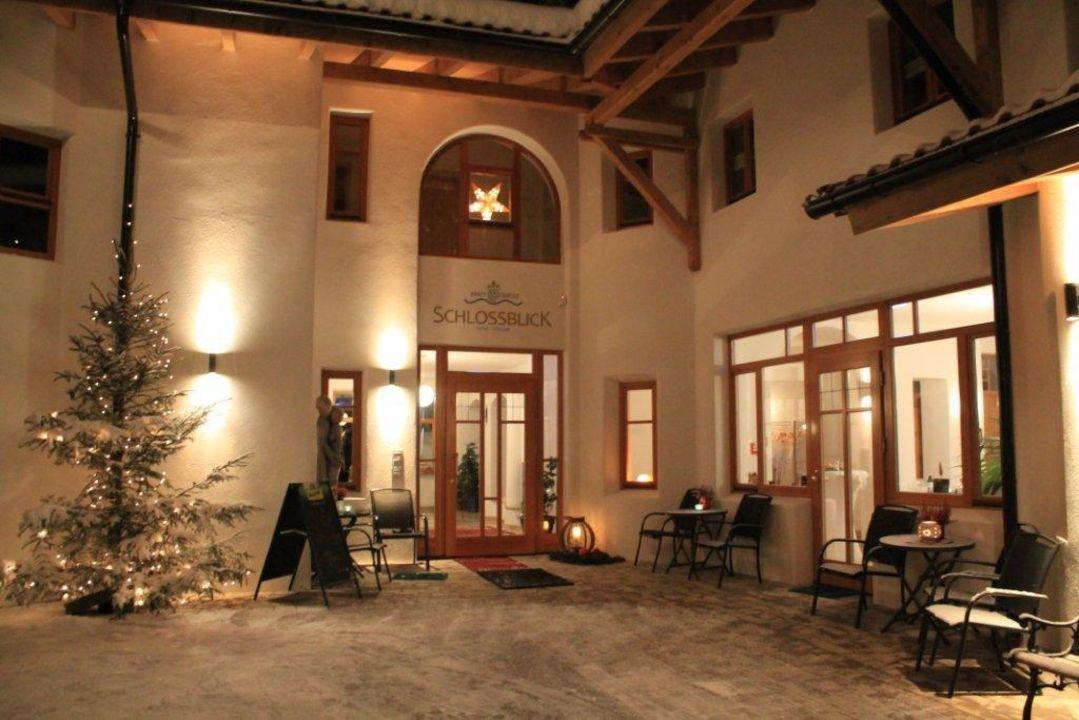 Eingangsbereich Hotel Kraftquelle Schlossblick