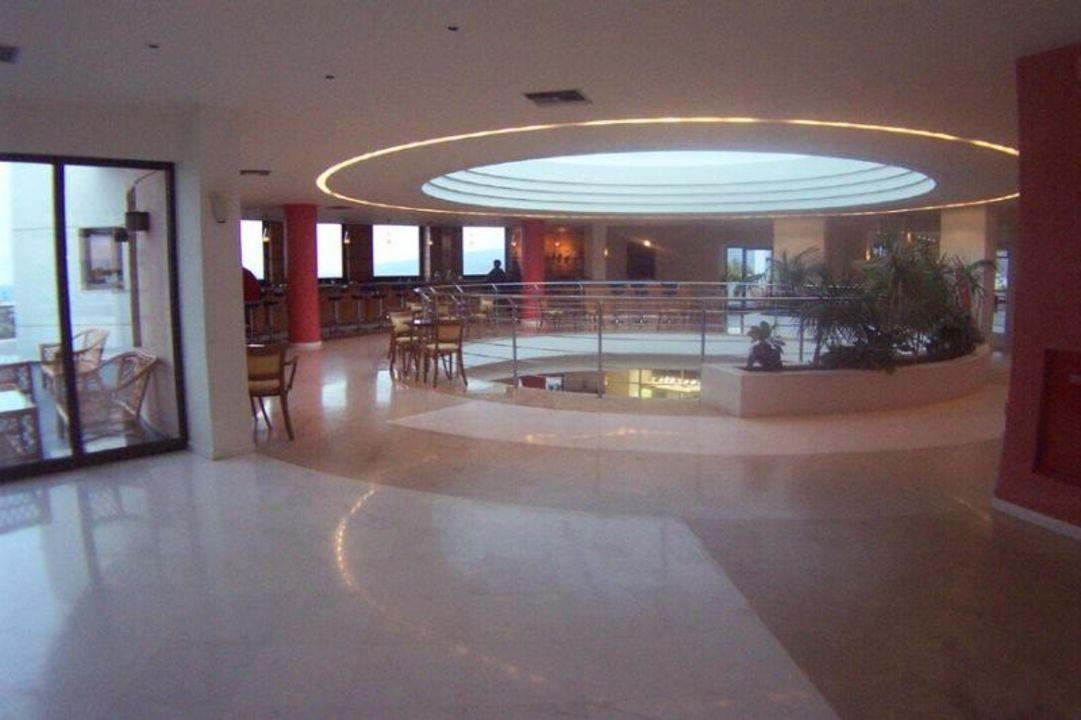 Gran Hotel Holiday Resort Hotelbar Grand Hotel Holiday Resort