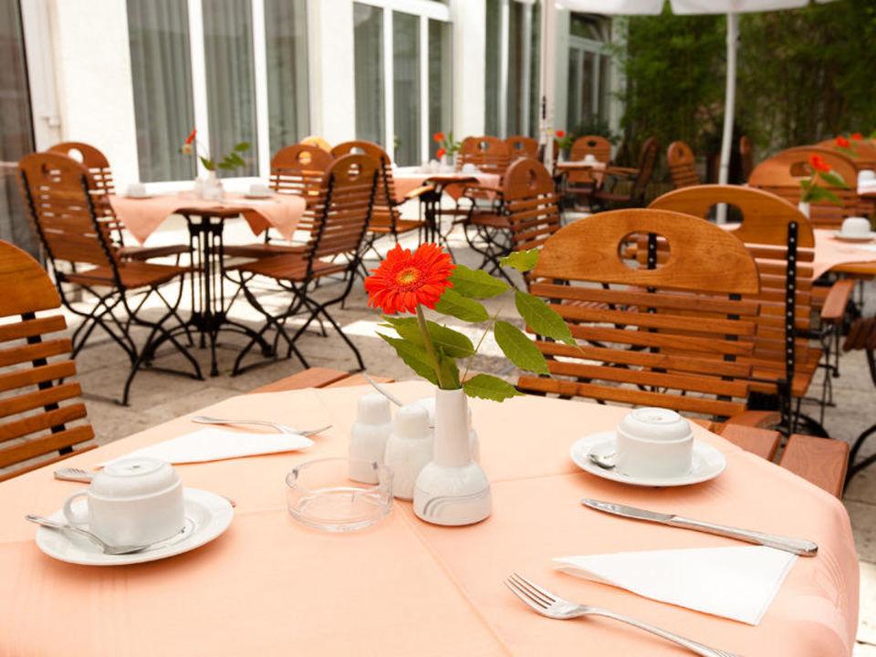 Terrasse vom Carat Hotel München carathotel München