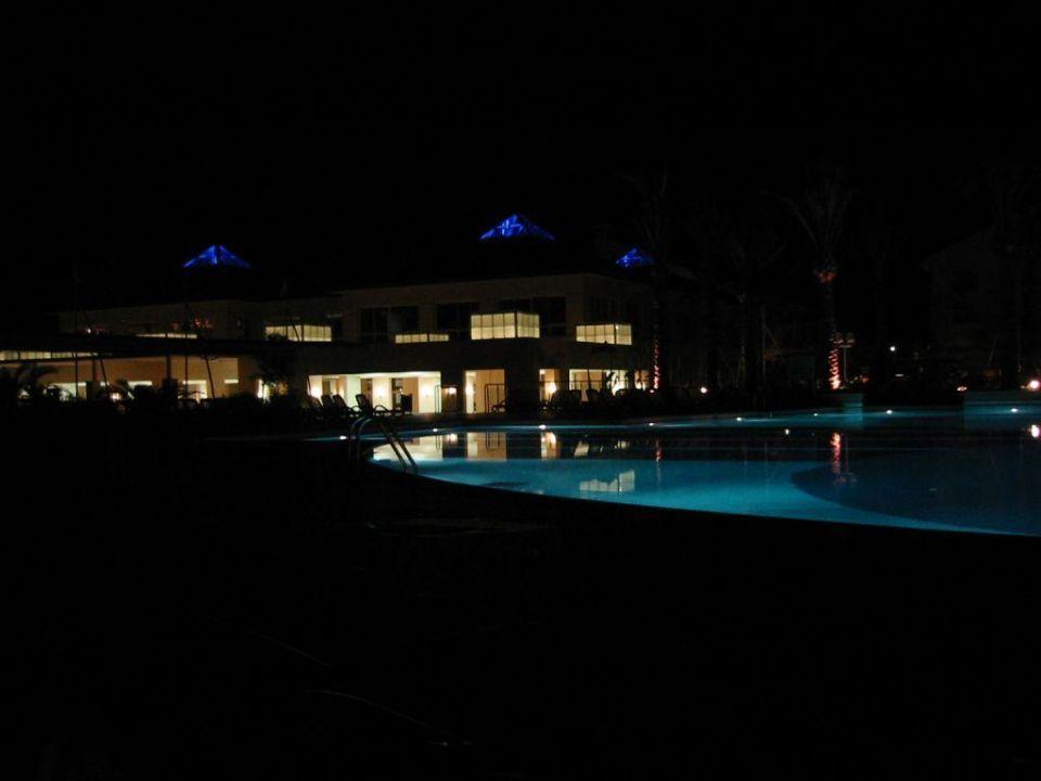 Pool bei Nacht Alva Donna Exclusive Hotel Belek