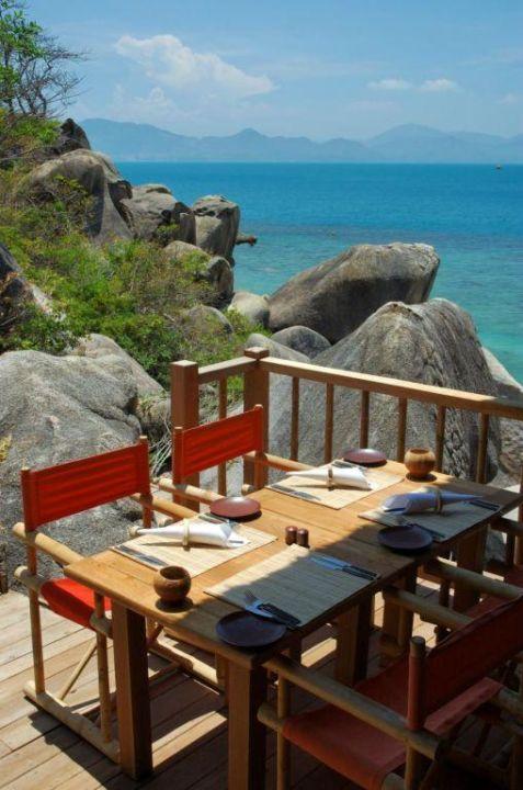 Main Restaurant Hotel Six Senses Ninh Van Bay