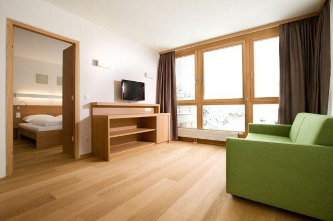 Wohnbereich juniorsuite hotel manggei designhotel for Design hotel obertauern