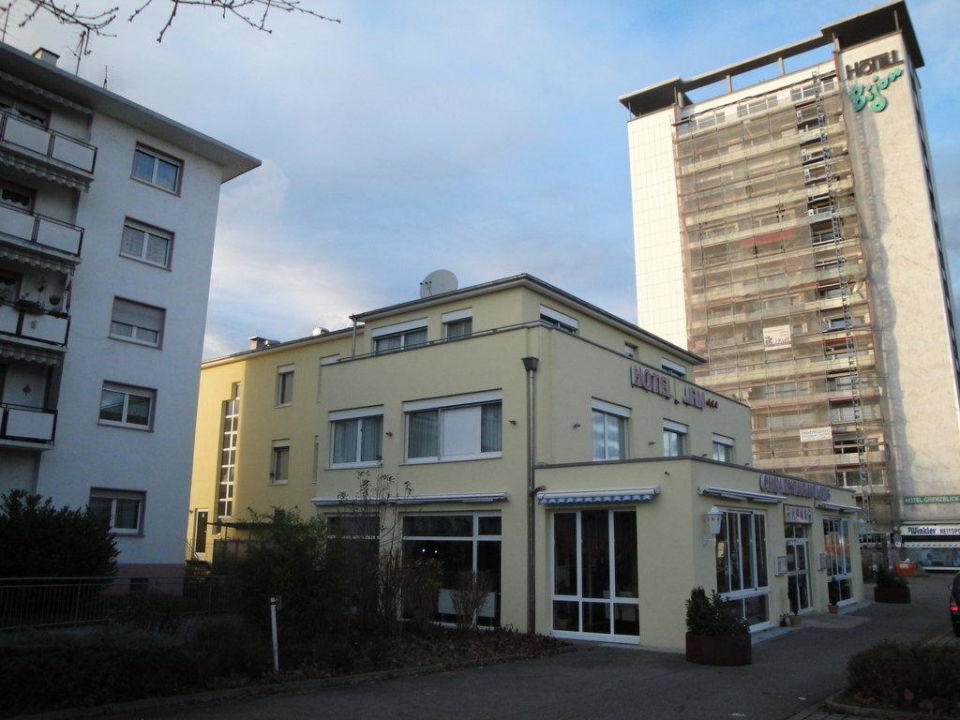 Hotel JFM - die Umgebung ist weniger schön Hotel JFM