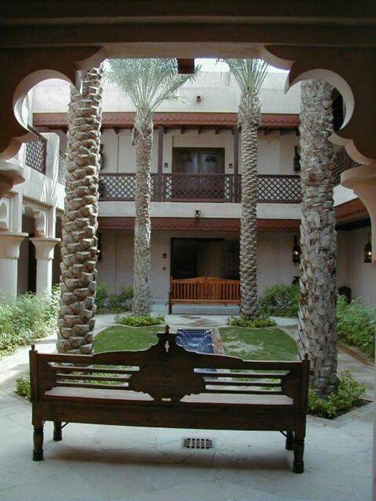 Dar al Masayf - Villen-Innenhof mit Fontäne Hotel Madinat Jumeirah - Dar Al Masyaf