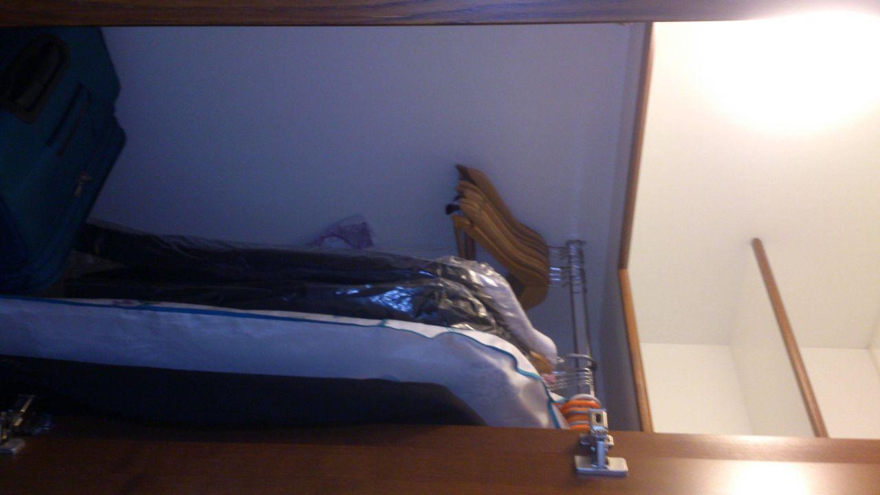 kleiner begehbarer kleiderschrank best western plus hotel st raphael in hamburg. Black Bedroom Furniture Sets. Home Design Ideas