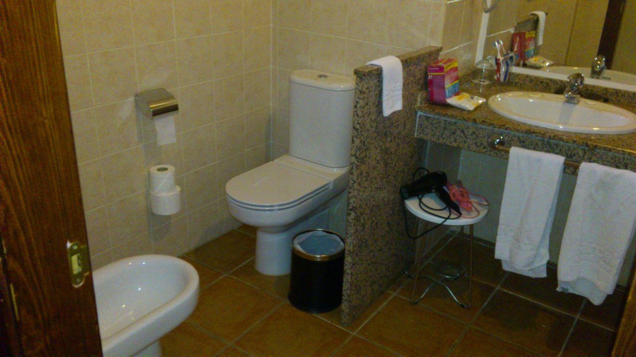 Badezimmer mit BD und Klo Abtrennung TOP\