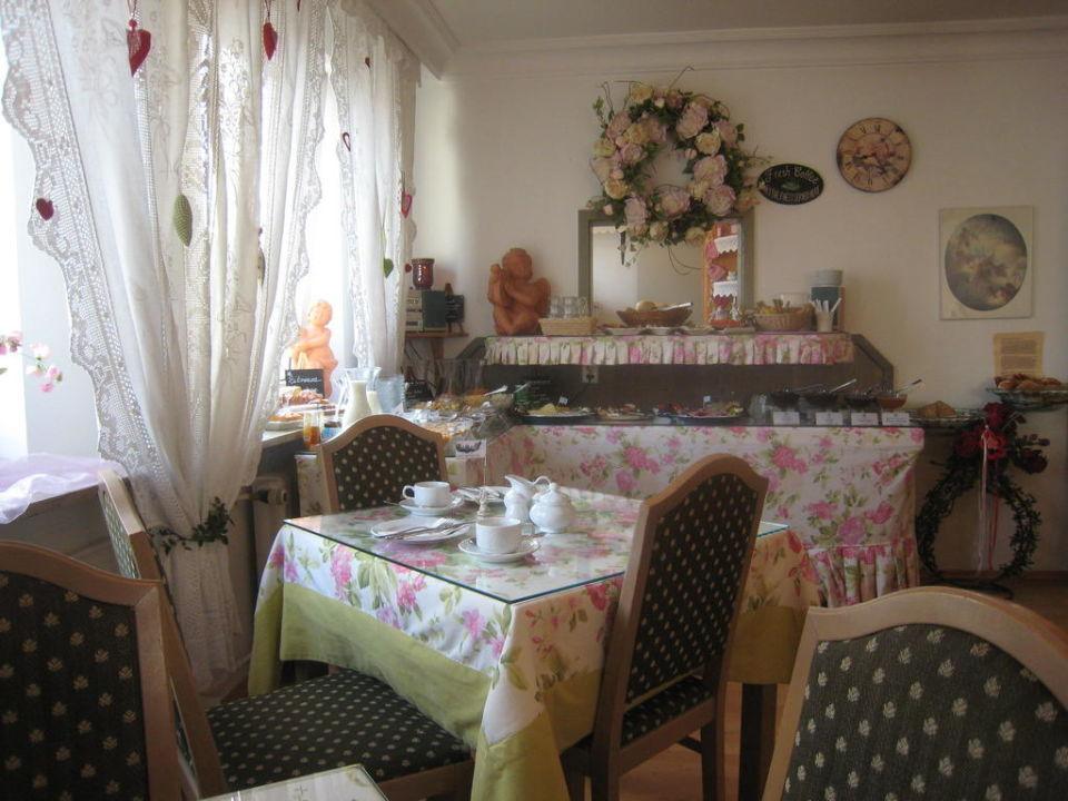 Frühstückstisch Hotel Monaco