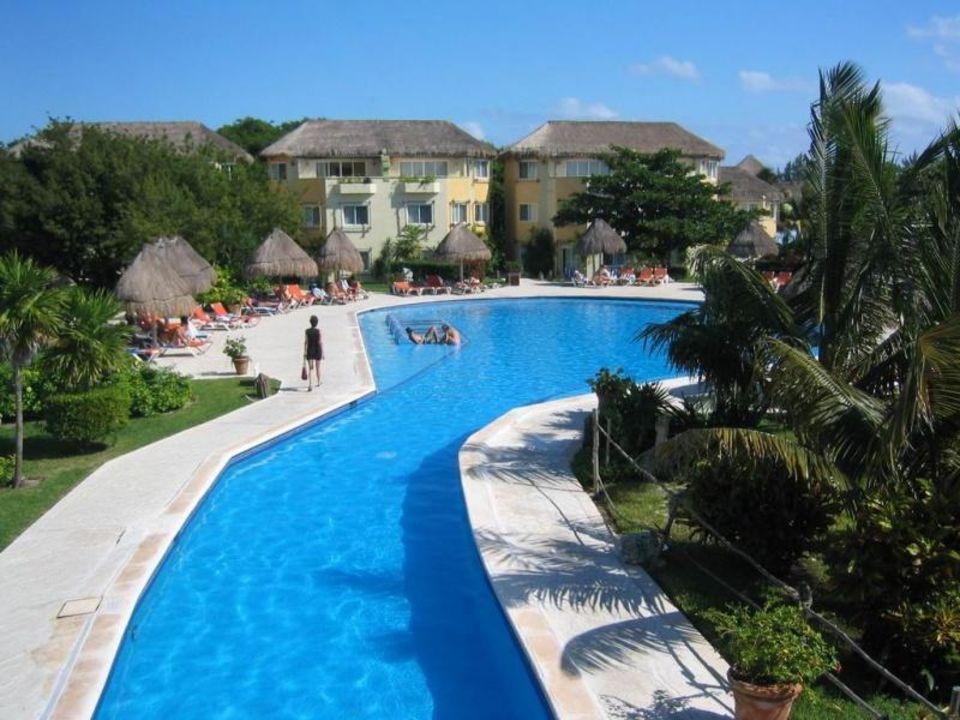 Pool links Sandos Caracol Eco Resort