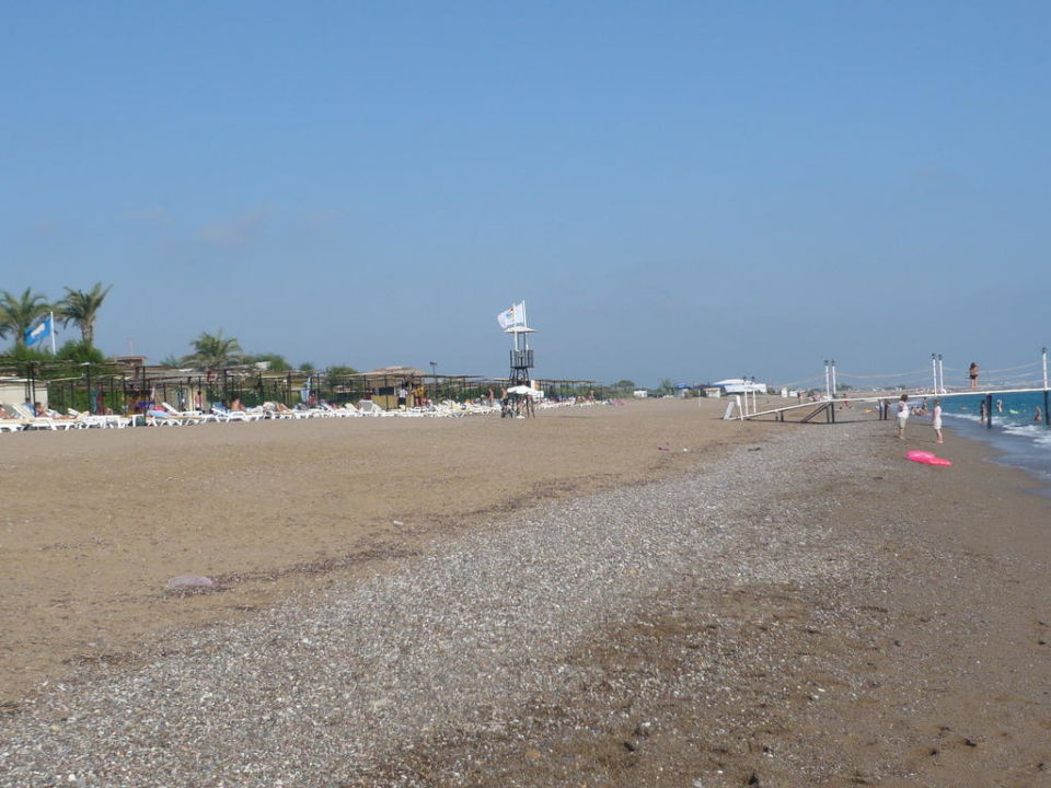 Strand rechts Nashira Resort Hotel & AQUA-SPA