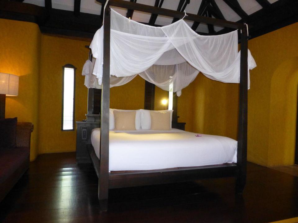 blick zum bett paradee koh samet holidaycheck pattaya thailand. Black Bedroom Furniture Sets. Home Design Ideas