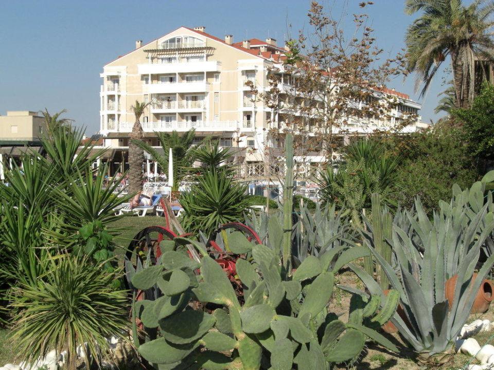 Blick vom Garten aus Trendy Aspendos Beach Hotel