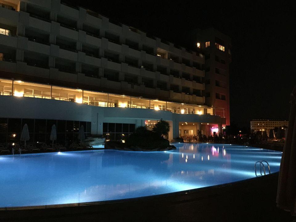 Pool Hotel Melas Resort