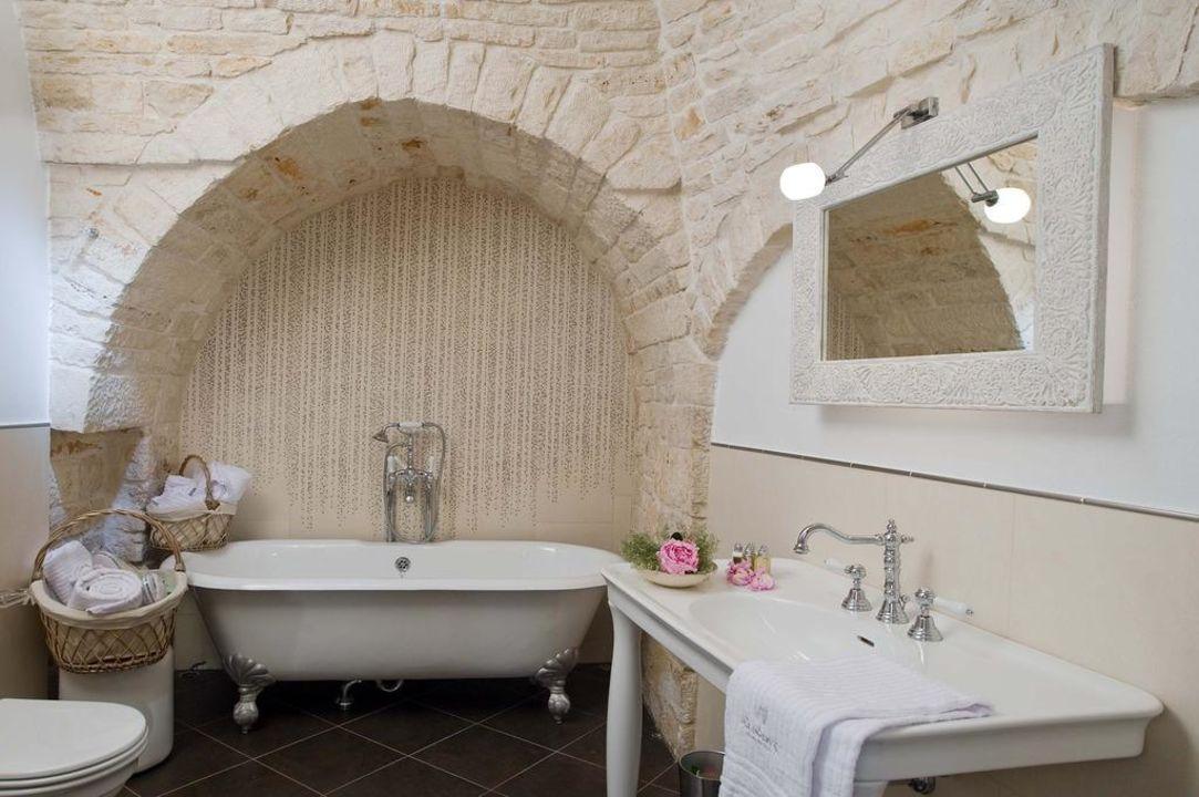 "Bagno suite ""Il Cantastorie"" Hotel Le Alcove"