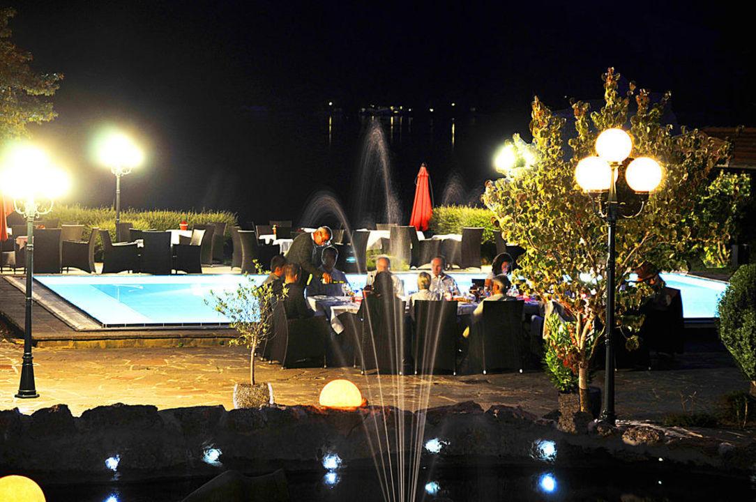 Abendessen am Pool Seehotel Schlierseer Hof