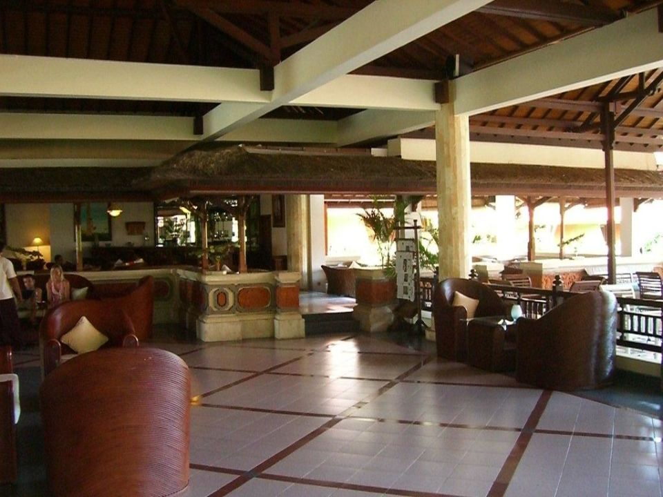 Lobby mit Barbereich Sol Beach House Benoa Bali All Inclusive By Melia Hotels International