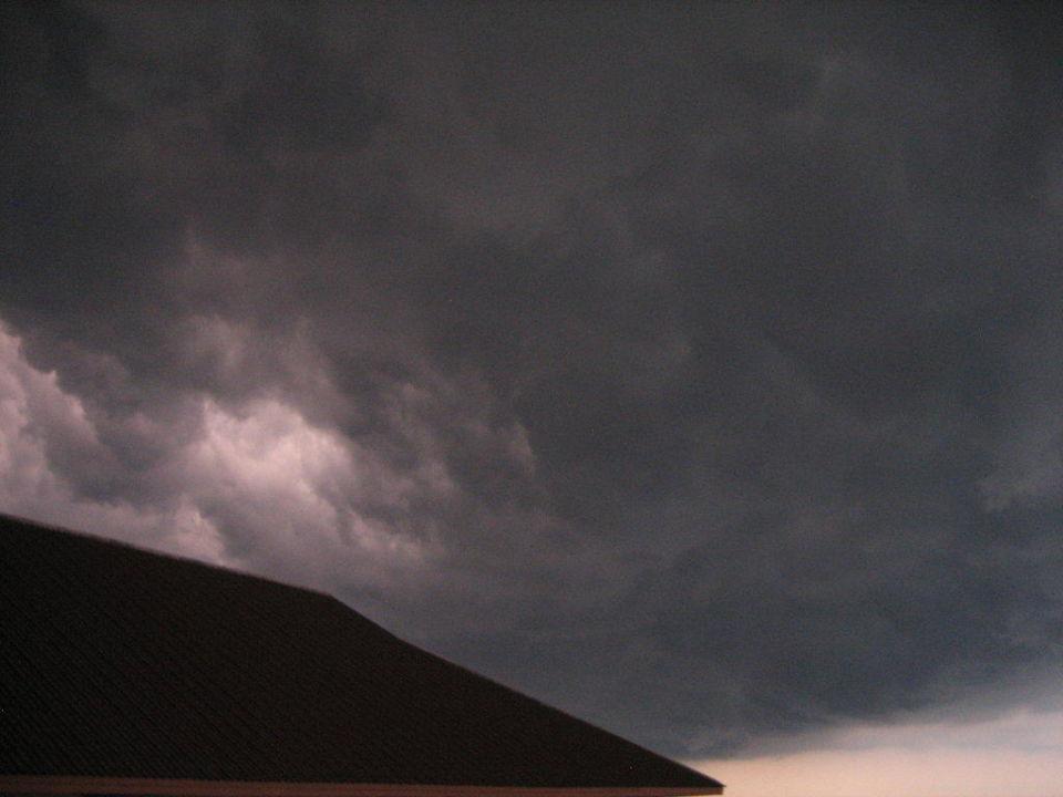 Super-Gewitter über dem Hotel Hotel Jomtien Thani