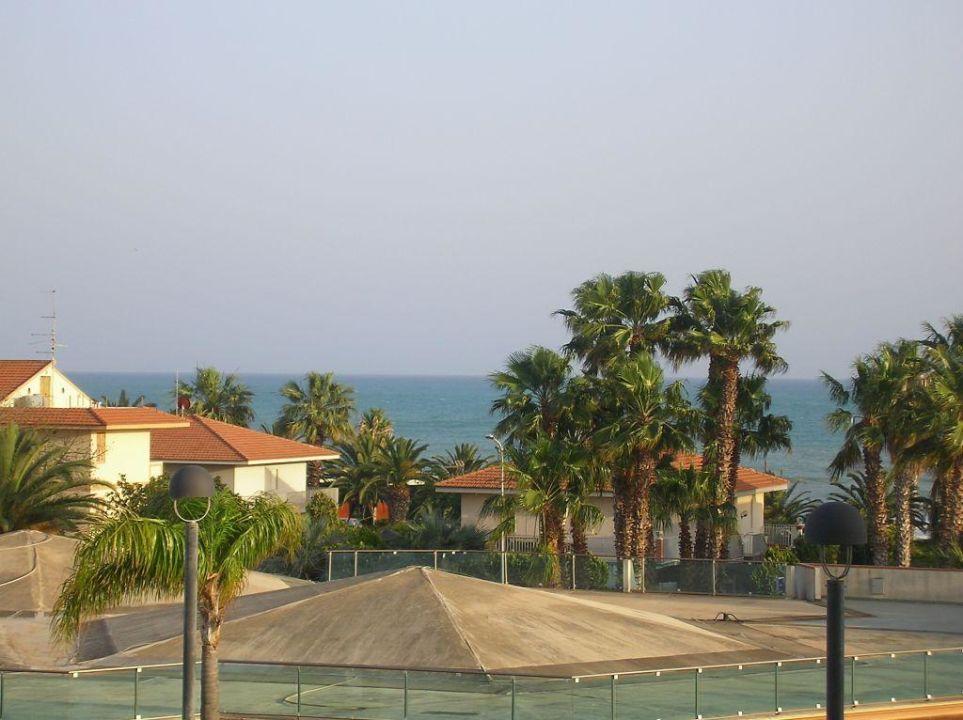Sentido Acacia Marina Sizilien : aussicht vom balkon sentido acacia marina marina di ragusa holidaycheck sizilien italien ~ Frokenaadalensverden.com Haus und Dekorationen