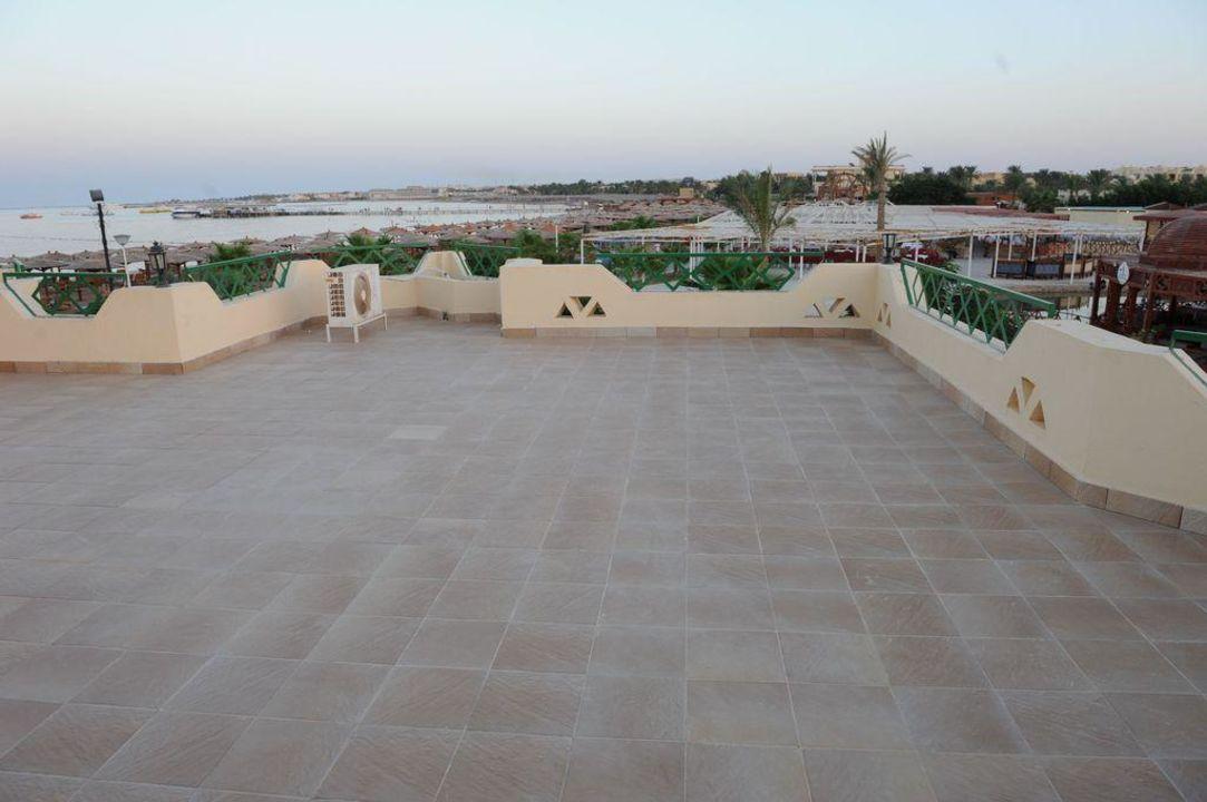 Balkon im Lagoonbereich mit Blick aufs Meer Tia Heights Makadi Bay