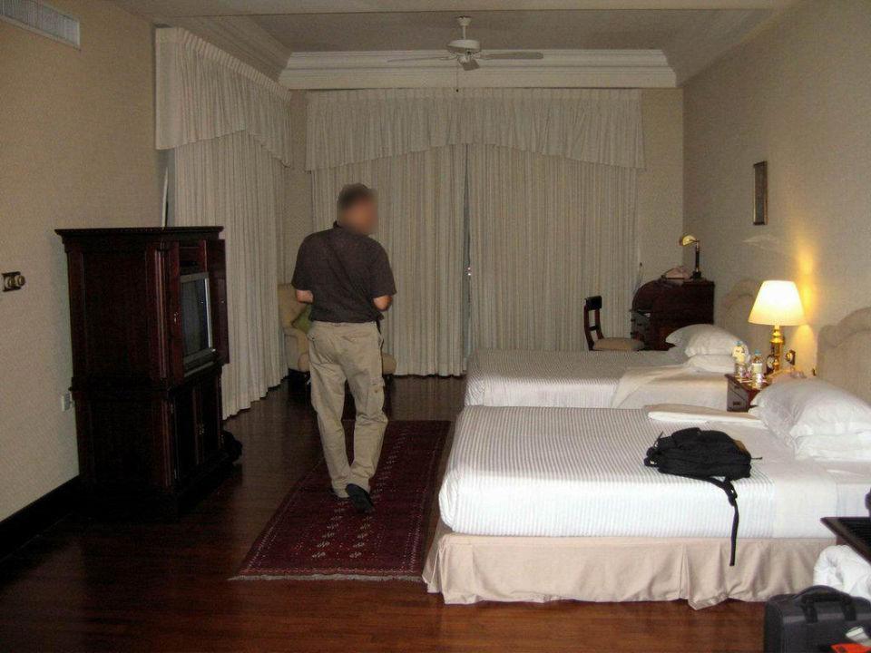 Bedroom Eastern and Oriental Hotel Penang