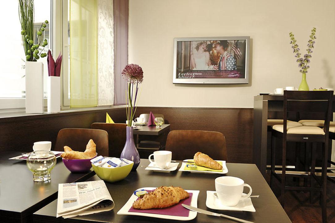 Cafe im Hotel Sleep & Go Bad Hersfeld Hotel Sleep& Go