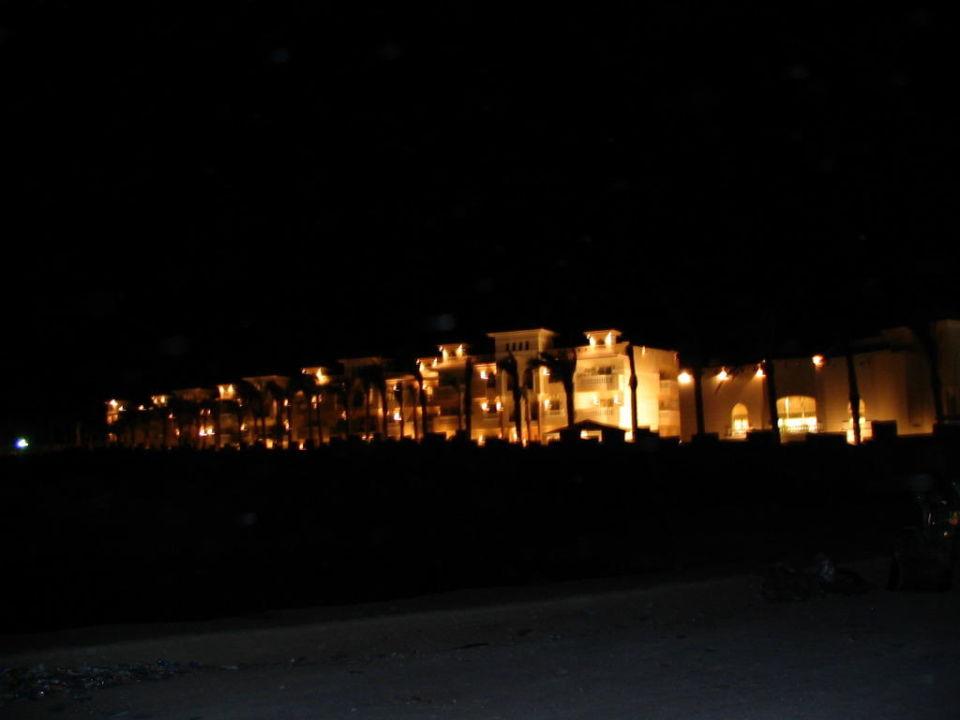 Hotel z oddali Hotel Tropicana Azure Club