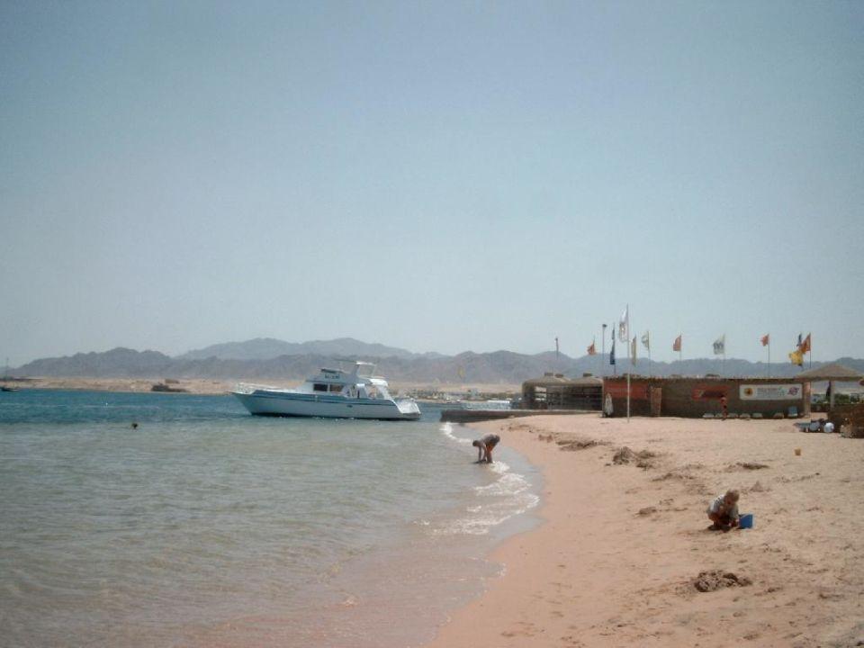 rechter Anlegeplatz Sol Y Mar Hotel Paradise Beach