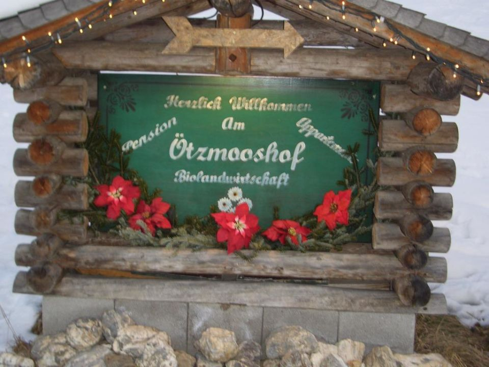 Schild Pension Ötzmooshof
