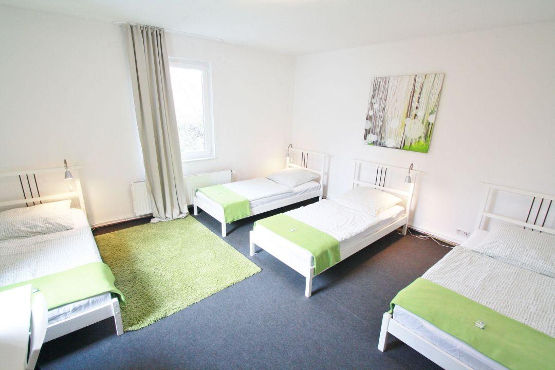 """3-bett-zimmer"""" pension bedpark in hamburg-altona • holidaycheck, Hause deko"""