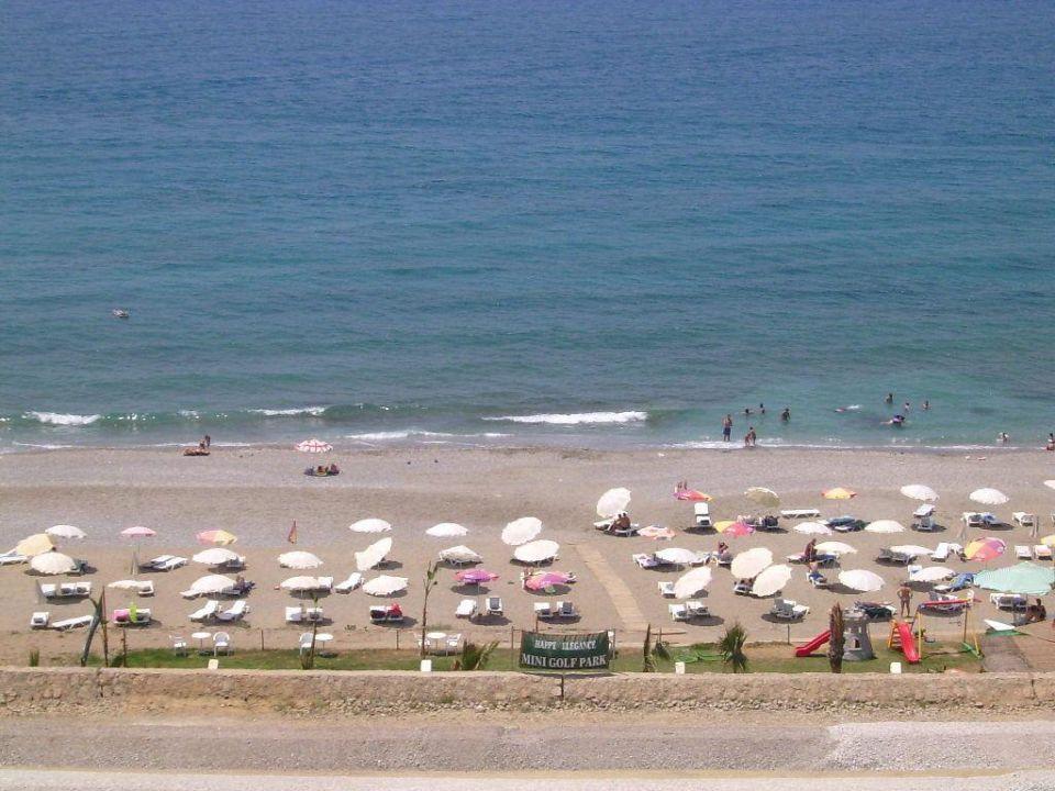 Strandbereich vom Hotel Happy Elegance Hotel Happy Elegant