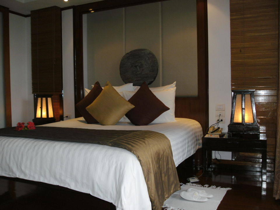 kingsize bett hotel ayara hilltops in surin beach. Black Bedroom Furniture Sets. Home Design Ideas