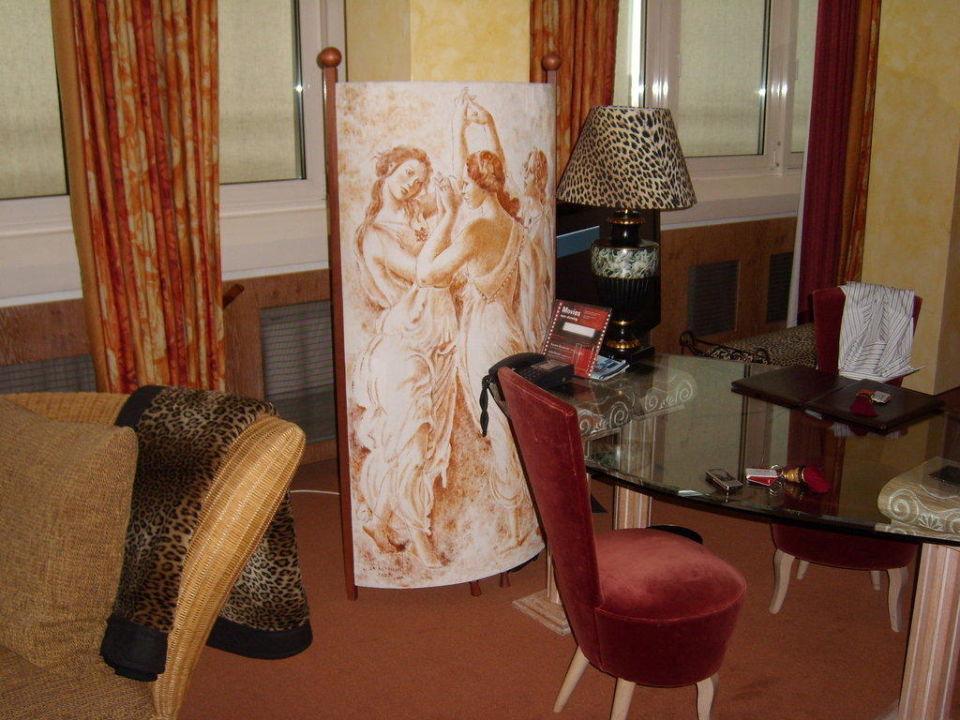 bild junior suite zu hotel savoy in k ln. Black Bedroom Furniture Sets. Home Design Ideas