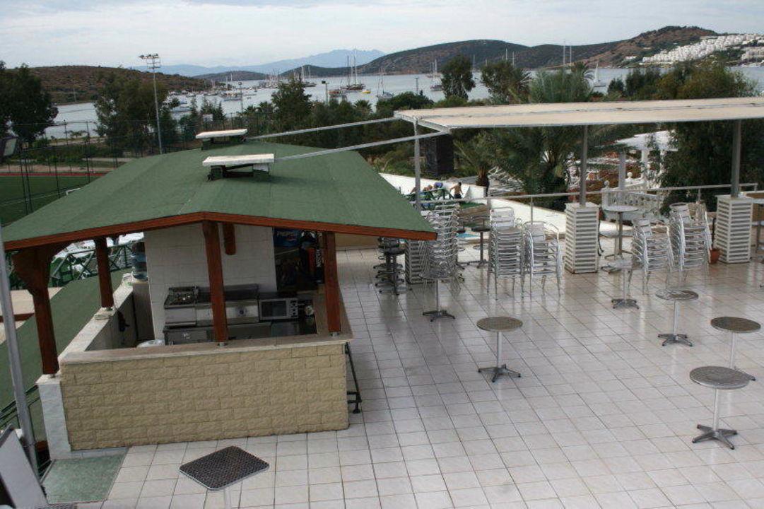 Bar Dachterrasse Hotel Eken Resort