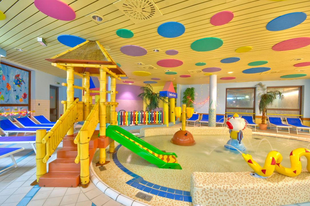 Kleinkindbereich unserer therme vital hotel in bad for Designhotel mit kindern