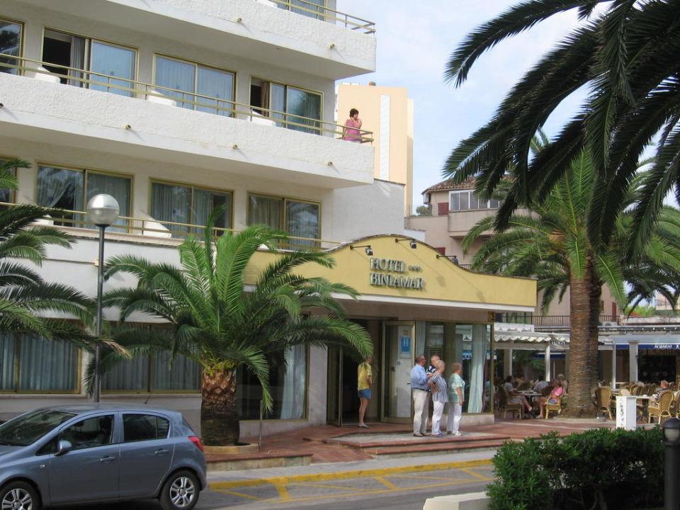 Eingang Hotel Biniamar