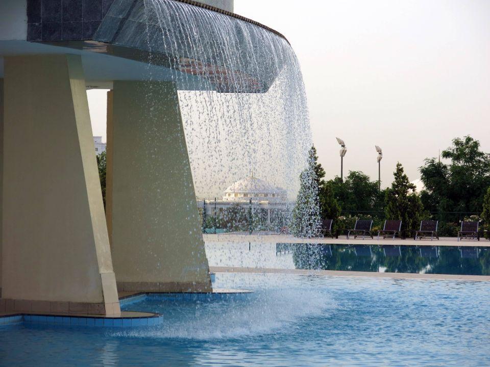 Wasserfall Am Pool Hotel Sofitel Oguzkent Ashgabat