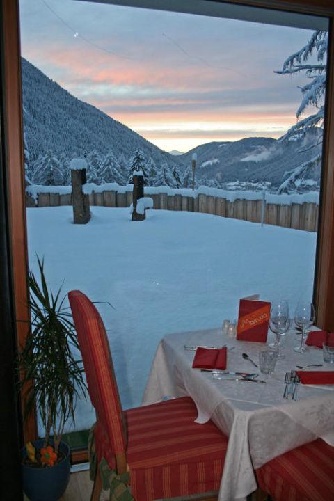 Wintersonnenuntergang Hotel Diana