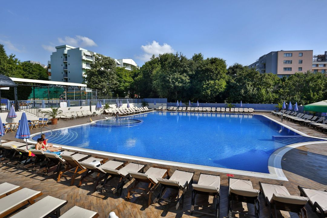Bild Pool Bar Zu Hotel Sofia In Goldstrand