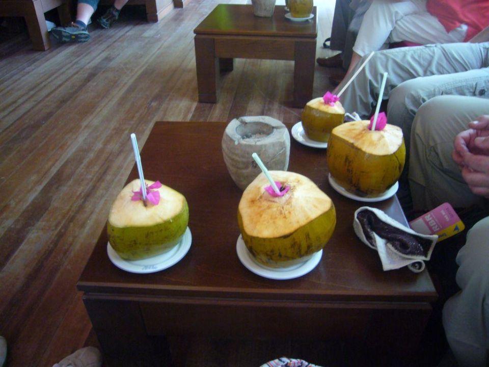 Begrüßungsdrinks Hotel Reethi Beach Resort