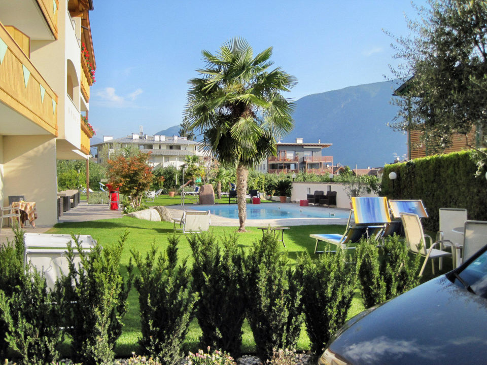 Gartenanlage mit pool und liegewiese hotel mehrhauser in - Gartenanlage mit pool ...