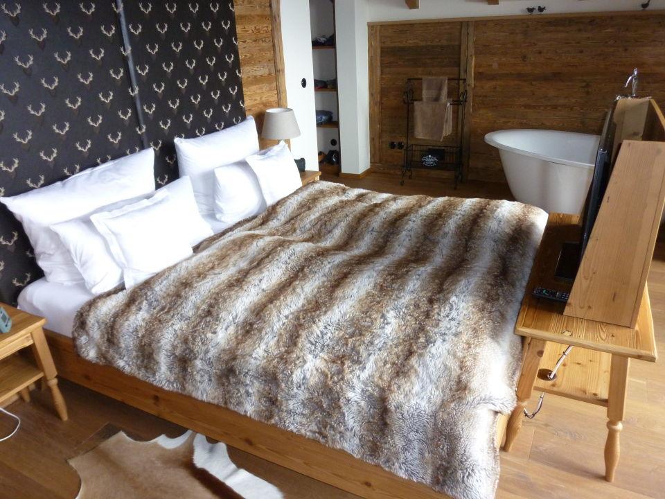 """freistehende badewanne schlafzimmer, schlafzimmer mit freistehender badewanne"""" burghotel sterr (viechtach, Design ideen"""