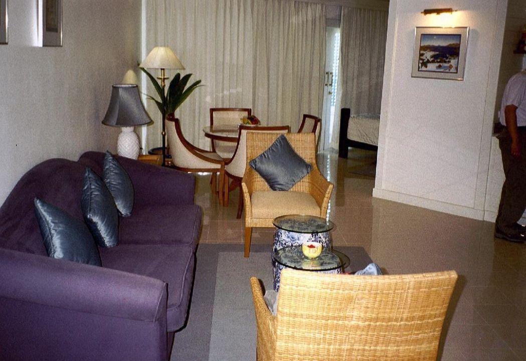 Wohnraum - Deluxezimmer Hotel Andaman Seaview